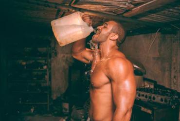 Nie zaniedbuj spożywania wody alkoholowej