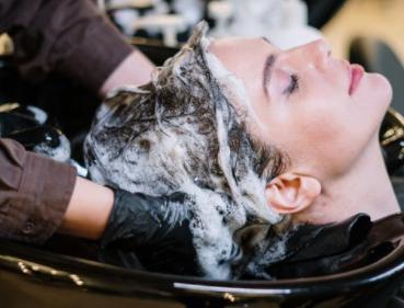 Szampon zastosowanie chłodna woda, odżywka użytkowania, a także szampon do włosów unikalny