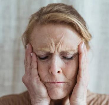 Trzymaj się z dala od praktyk mrużących oczy, nie zbyt często spotykaj się z myciem